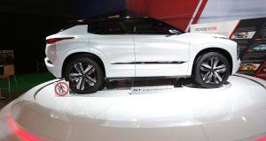 Salon de l'auto de Montréal : Mitsubishi présente son VUS écologique GT-PHEV